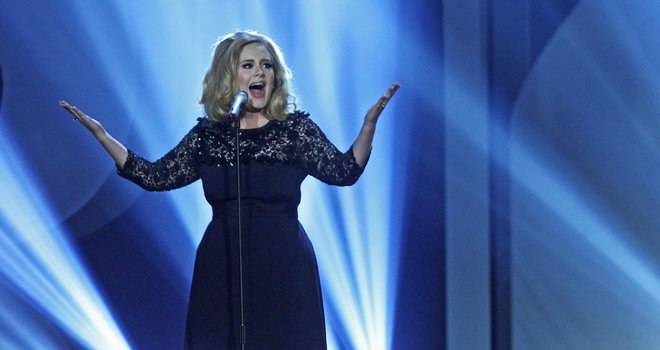Adele-Brit-Awards-2012_image_660